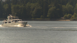 HD2009-6-31-3 pleasure boat and zoom back skyline Footage