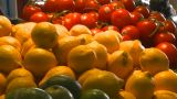 HD2009-6-32-4 Fruit Veggies 2 Shot stock footage