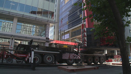 HD2009-6-36RC-5 mammoet crane montage Stock Video Footage