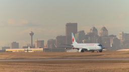 HD2009-3-1-18 Boeing taxi city in bg Stock Video Footage