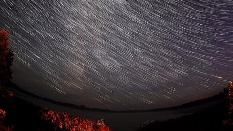 Starry sky over the lake Moiseevskoe, Valdaysky di Footage