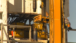 HD2009-9-17-4 drill rig cu Stock Video Footage