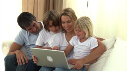 United family surfing on the internet Animation