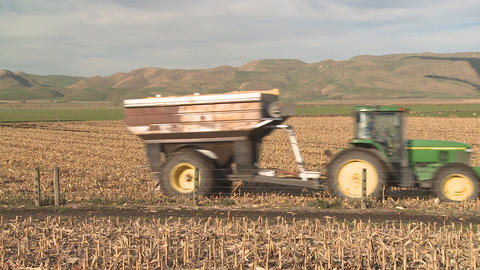 tractor and bin Stock Video Footage