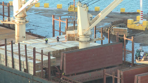 timber loaded on ship time lapse Stock Video Footage