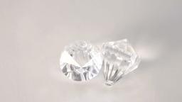 Diamond turning Live Action
