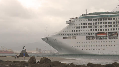 cruise ship enters port Stock Video Footage