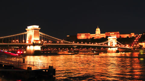 4k timelapse of the famous Chainbridge in Budapest Footage