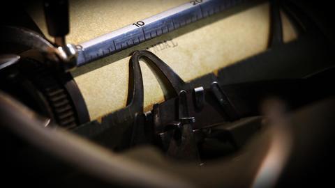 typewriter and text: Scandal ライブ動画