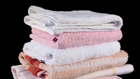 Loop towels Stock Video Footage