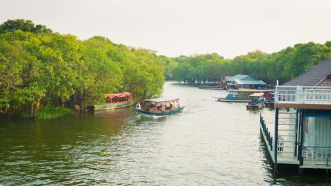 SIEM REAP. CAMBODIA - 21 DEC 2013: Passenger navig Footage