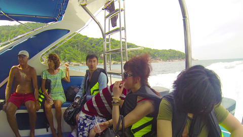 SIMILANS. THAILAND - CIRCA MAR 2014: Tourists from Footage