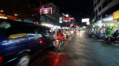 Thailand,Pattaya, traveling by tuk tuk at night po ビデオ
