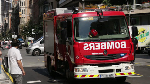 Fire Truck Driving At Full Speed In Barcelona stock footage