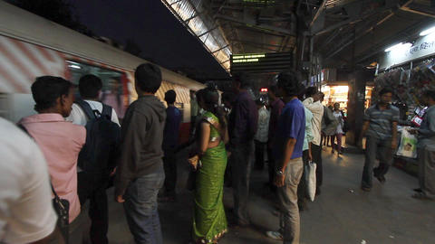 passengers awaiting metro train, delhi, india Stock Video Footage