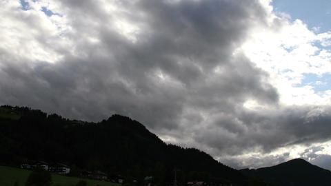 Fantastic Clouds Timelapse 07 godrays Footage