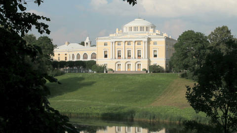 The palace on the river bank Stock Video Footage