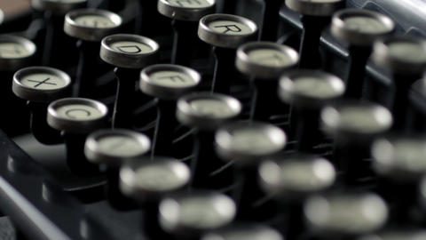 Typewriter rack focus Stock Video Footage