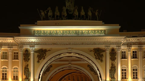 The arch of the General staff. The Palace square.  Footage