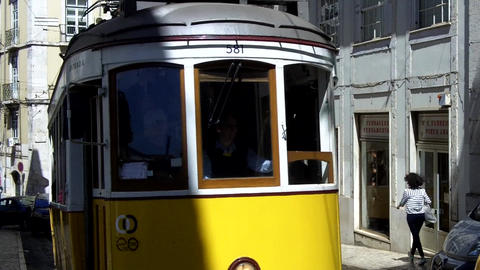 Lisbon Trams Crossing, Live Action