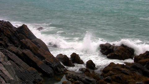 waves breaking on the rocks, norway Footage
