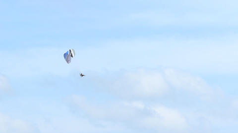 Sky sports paragliding Live Action