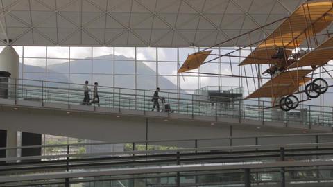 upper level - hong kong international airport Live Action