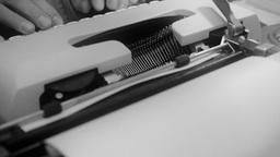 Typewriter dutch angle noir 1 Footage