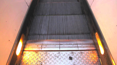 Escalator Footage