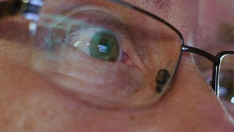 mans eye watch nude internet content super 11570 ビデオ