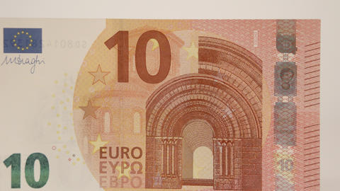 Zooming in of the 10 Euro paper bill Live Action