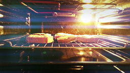 4 K Sandwiches with Cheese in Oven 4 ビデオ