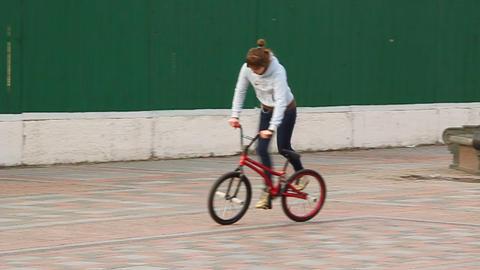 Trick cyclist Live Action