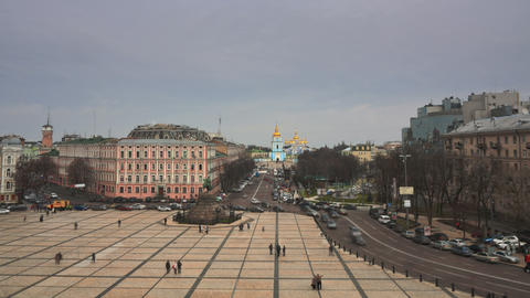 Monument to Bohdan Khmelnytsky in Kiev timelapse 4 Footage