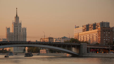 Kosmodamianskaya embankment walk hyperlapse 4K Footage