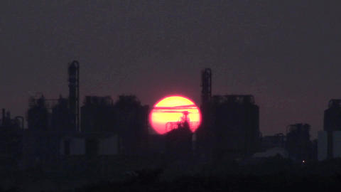 time lapse sunset and refinery Footage