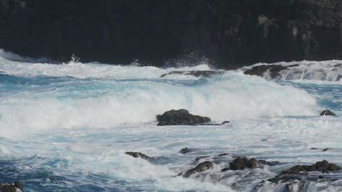 FullHD, Dramatic water waves splashing and crashin Footage