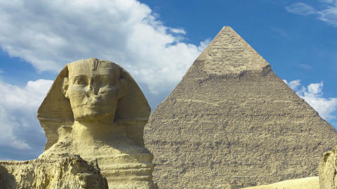 Clouds over great pyramid and sphinx in Egypt - zo Footage