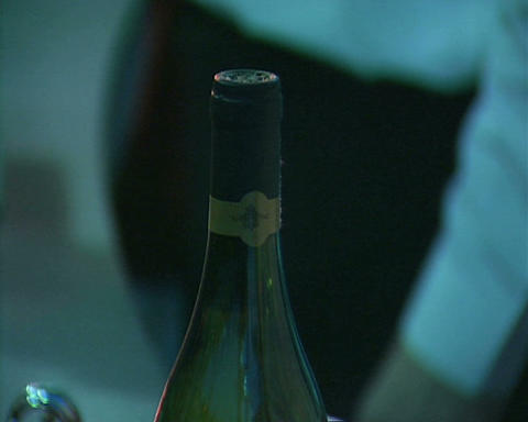 open bottle wine Stock Video Footage
