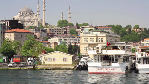 Lined up boats in Goldenhorn looking to Suleymaniye Mosque Footage