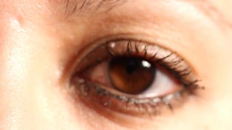 Women Eye rack focus macro Stock Video Footage