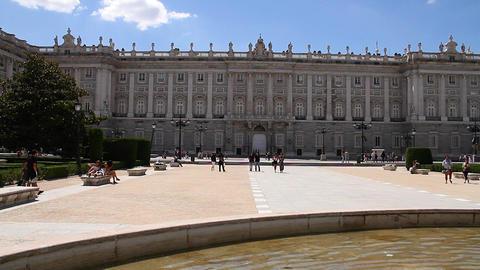 Palazzo Reale Di Madrid 02 Plaza De Oriente Stock Video Footage