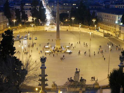 Piazza del Popolo. Night falls. Rome, Italy. 640x480 Stock Video Footage