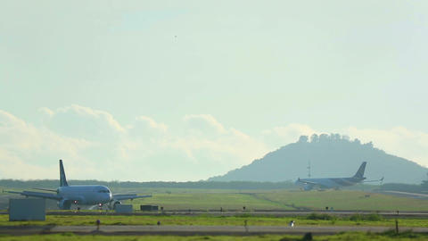 Airplanes taxiing Stock Video Footage