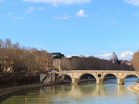 Bridge over the Tiber, Sisto. Rome, Italy. Time Lapse. 640x480 Footage