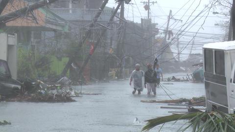 Typhoon Haiyan Devastation Storm Surge Flooding Tacloban Footage