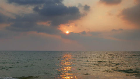 tropical sea sunset on the beach - zoom timelapse Footage