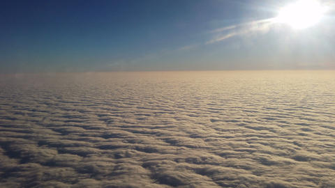 Above the clouds, Live Action