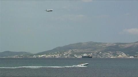 Plane landing Stock Video Footage