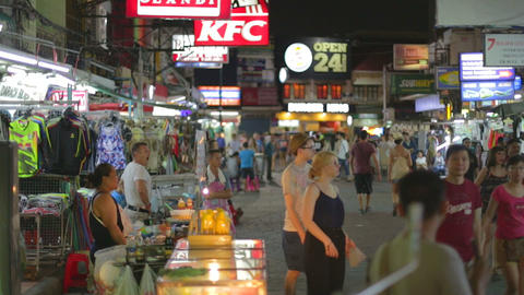 rack focus - evening on khaosan road Live影片
